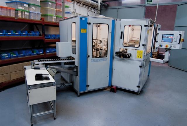 máquina almacén industrias oriol