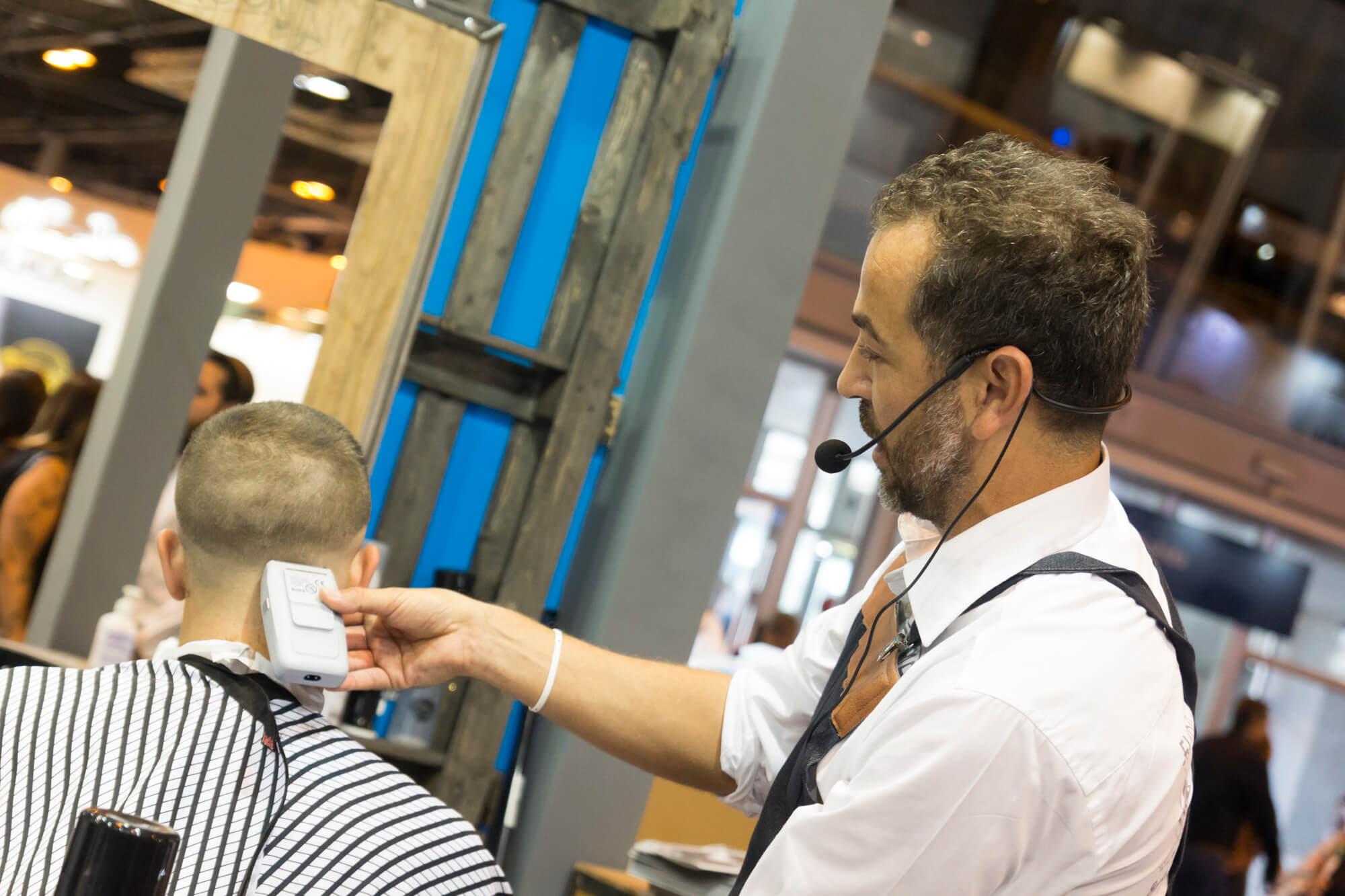 Máquina de afeitar bucanero en Salón Look Madrid