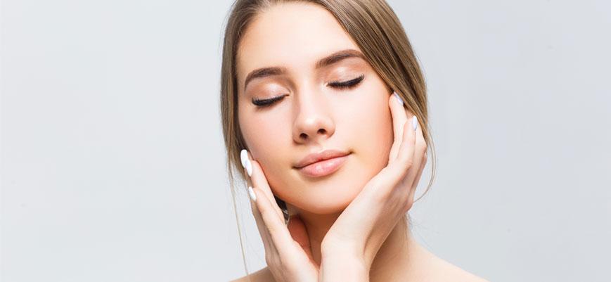 ¿Cómo regular el exceso de grasa en tu rostro?