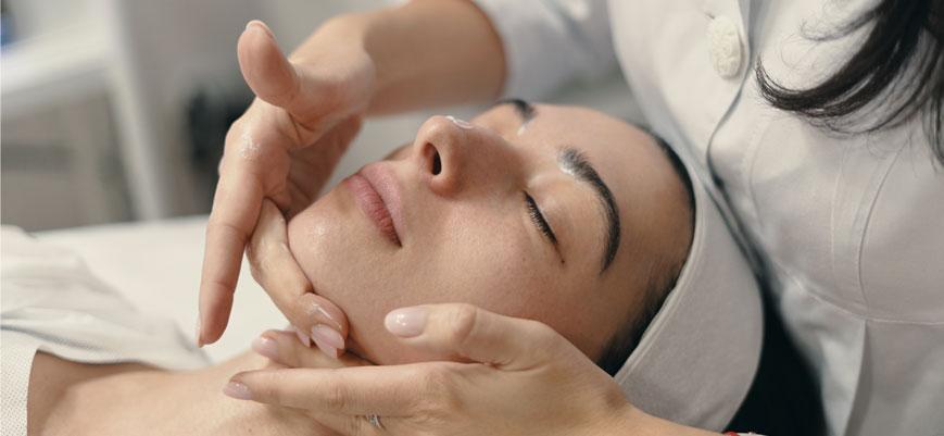 Nueva línea de cosmética para tratamientos de cabina